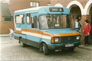321, Ford Transit D542 HNW